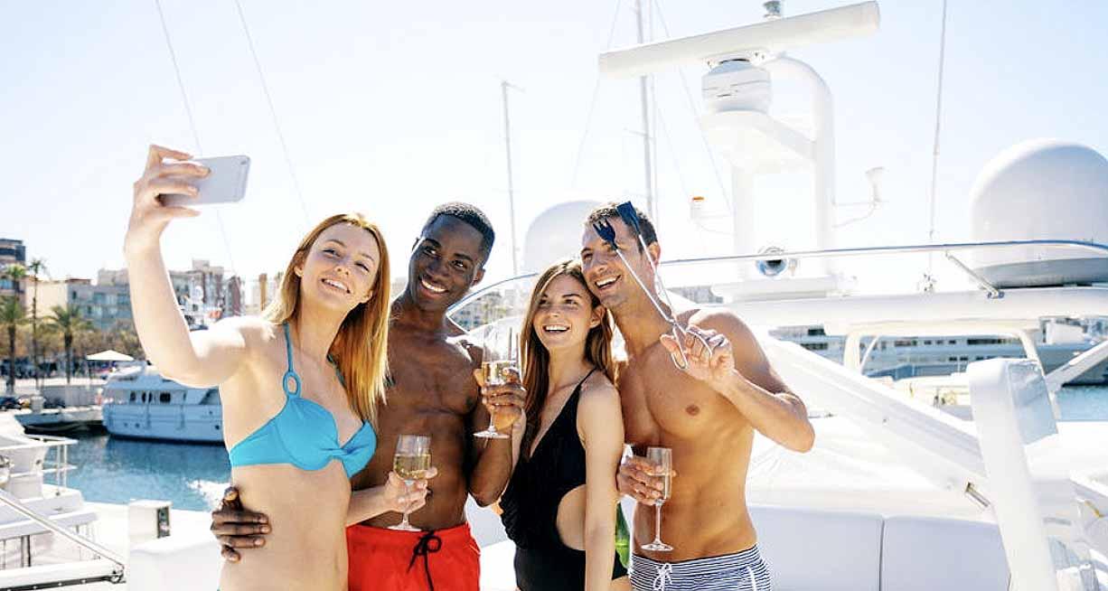 Boutique Cruises  HopaYacht