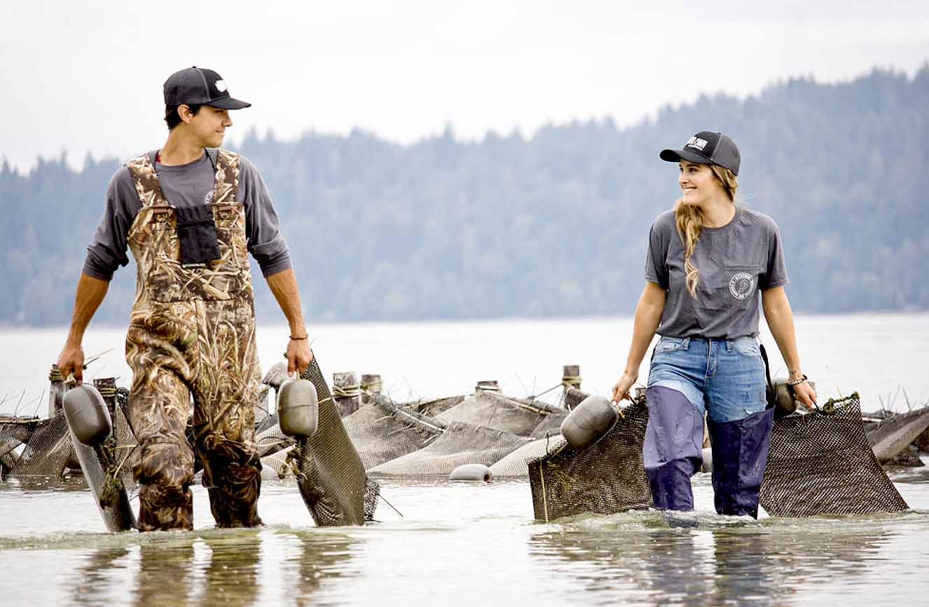 GREAT CLAMMING!  JUST MINUTES FROM SEATTLE, WA
